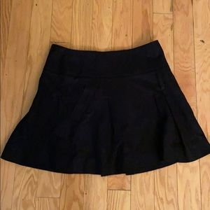 NWT $295 Vince solid Black skirt size 10